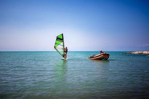 Corsi di windsurf costi