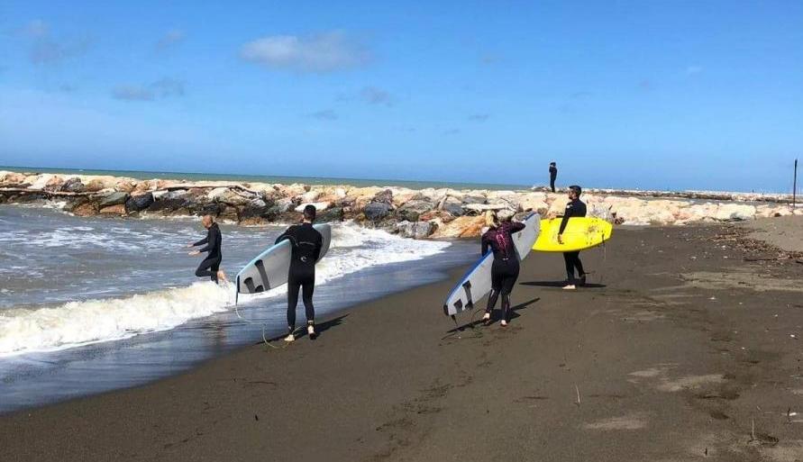 Come scegliere una scuola di surf